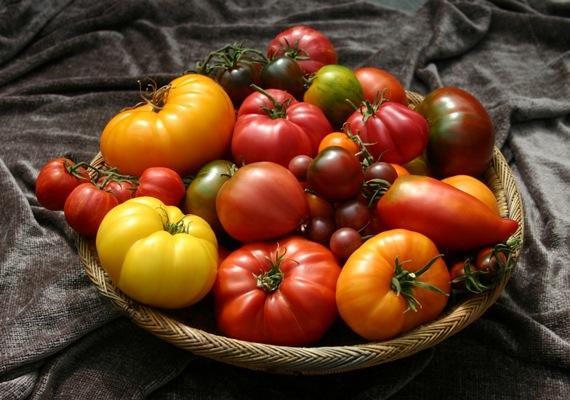 tomato-basket-on-brown
