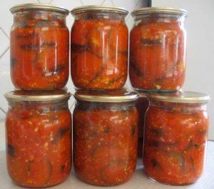 кабачки в томатном соусе с чесноком на зиму