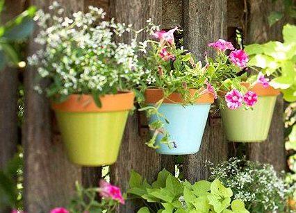 как украсить садовый участок своими руками из подручных материалов