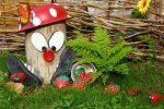 Миниатюра к статье Украшения для сада из подручного материала, изготовленные своими руками