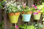 Миниатюра к статье Как украсить садовый участок своими руками?