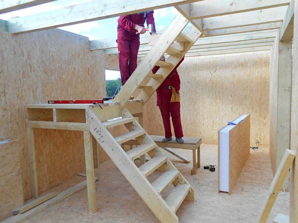 как производится монтаж лестницы